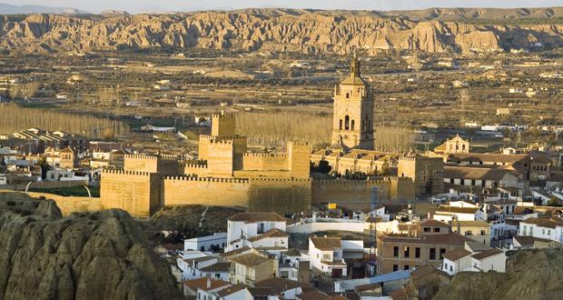Exterior de la Alcazaba de Guadix