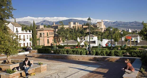 Plaza de Santa Isabel la Real, en el barrio del Albaicín