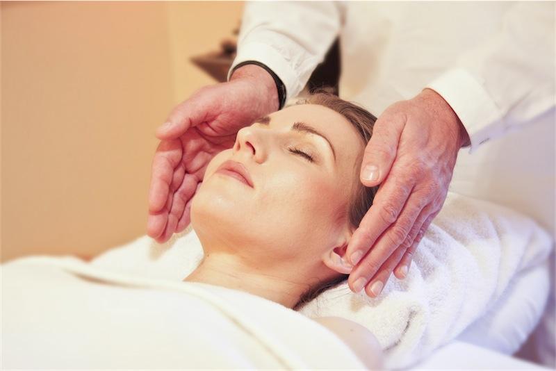 el-masaje-facial-el-elixir-de-la-juventud-spa-masaje-abades-nevada-palace